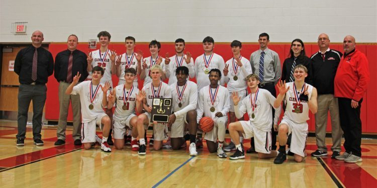 Boys' Basketball Claims a 7th Championship